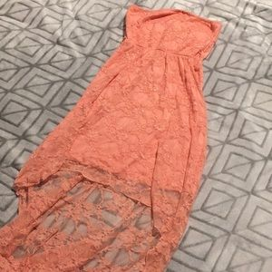 5 for $20 - long peachy lace dress 🍑